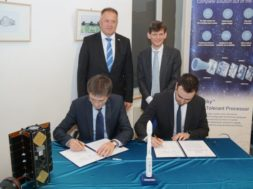 Prvi slovenski nanosatelit