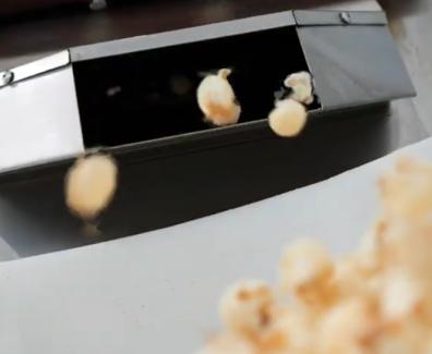 Odpadne kokice spreminjajo v proteinske tablice // 60-sekundni dokumentarec