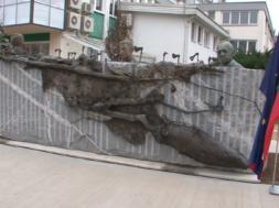 Zaključek prekmurskega leta z odkritjem spomenika