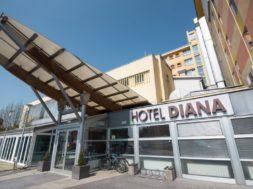 Pravni boj bivše in nove lastnice Hotela Diana