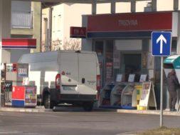 Rop bencinskega servisa