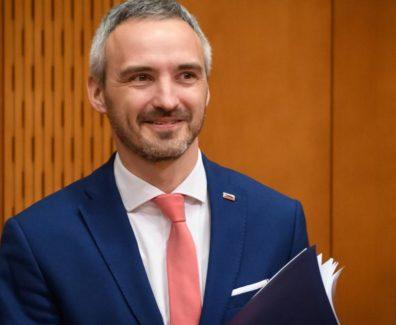 Minister Cigler o obnovi gospodarstva