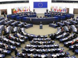 Plenarno zasedanje Evropskega parlamenta o nabavi cepiv
