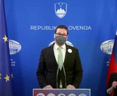 Slovenija še ni v zeleni fazi