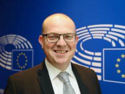 Pogovor z evropskim poslancem Klemnom Grošljem