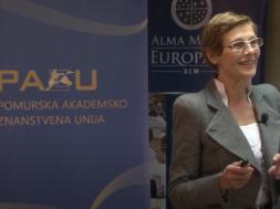 pom.akad.dr. Marija Pfeifer