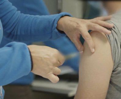 Cepljenih 70 % odraslih v EU